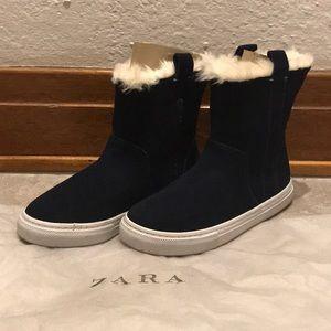 Zara Blue Suede Ankle Booties NWOT  FINAL PRICE‼️